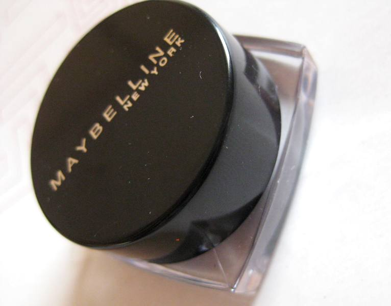 IMG 7025 Maybelline's Eyestudio Lasting Drama Gel Eyeliner upto 36 hours (01 Black): Review, Swatch, EOTD!