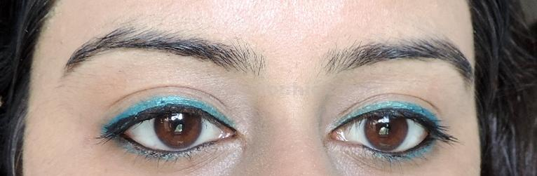DSCN5160 Maybellines  New The Colossal Kohl Turquoise: Review, Swatches, FOTD!!!