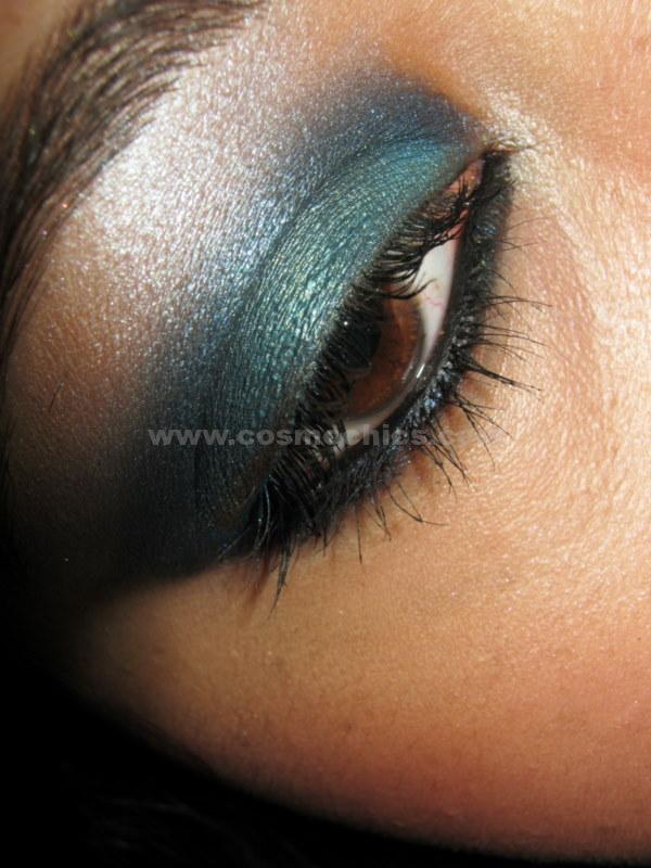 docs 022 WET 'N' WILD Colour Icon BLUE HAD ME AT HELLO Eyeshadow Palette: Review, Swatches, EOTD