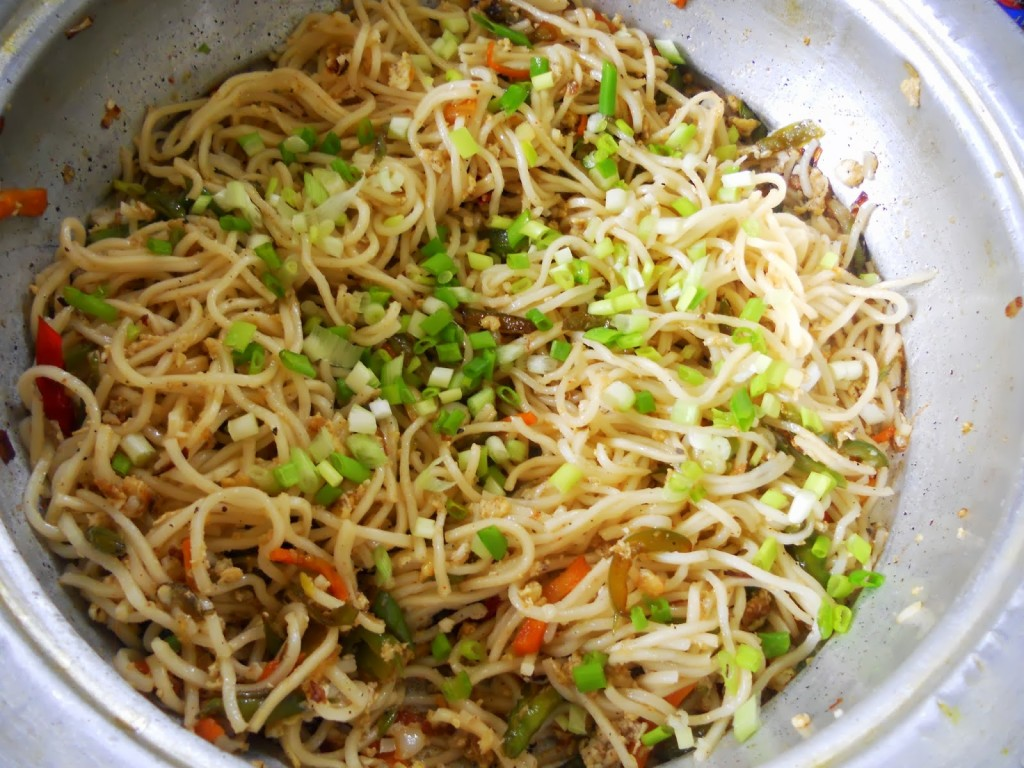 weekend lunch sorted!!! egg chicken noodles